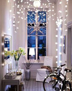 Twinkle, Twinkle - beautifully styled interior with a clever use of fairy lights for decoration / from the Ikea Christmas catalog . Ikea Hallway, Hallway Ideas, Entryway Ideas, Entryway Decor, Entrance Ideas, Entrance Design, Corridor Ideas, White Hallway, Upstairs Hallway