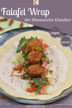 FALAFEL WRAP - DER LIBANESISCHE KLASSIKER AUS DEM BACKOFENKnusprige Falafel mit knackigem Salat und einer cremigen Tahinisauce sind eine Traumkombi. Dieser libanesische Klassiker aus dem Backofen ist vegan und glutenfrei möglich. Unter dem Rezept für den Falafel Wrap findest du Hinweise zum Frittieren oder für die Zubereitung im Air Fryer. #FalafelWrap #Wrapsrezepte #veganeRezepte #glutenfreieRezepte #vegetarischesEssen #AirFryerRezepte #gesundeRezepte #FalafelBackofen #libanesischeRezepte
