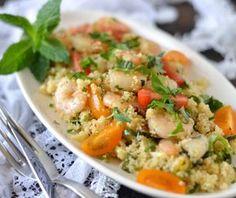 Couscous met verse, groene kruiden en knoflook garnalen. Een snelle…