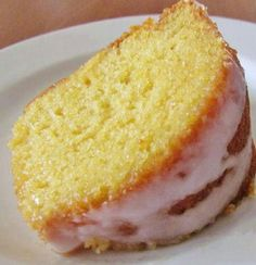 7-UP Moist Cake Recipe  Ingredients: 1 box yellow cake mix 1 small box (4 oz.) instant lemon pudding 1 1/2 cups 7 Up (or similar lemon lime soda) 4 eggs 3/4 cup vegetable oil  Icing: 2 cups confectioners sugar 1 tbsp. lemon juice (The bottled lemon juice will work just fine for this recipe too) 1-2 tbsp. milk  Preheat oven to 325F degrees. Spray your 10-inch bundt pan with nonstick cooking spray.