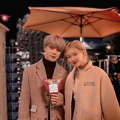 Kpop Couples, Cute Couples, Mochi, Bts Girlfriends, Wattpad Book Covers, Jungkook V, Blue Evening Dresses, Bts Imagine, Black Pink Kpop