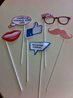 parti süs konuşma balonları dudak bıyık gözlük facebook