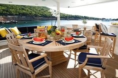#TABLE SETTING MOTOR YACHT ENDLESS SUMMER