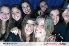 Ya viste todas las fotos de la #fotoCabina en la #fiestaReencuentro? Encontralas y etiquetate en nuestro facebook: TRANSATLANTICA QUINCEAÑERAS  #photocabine #selfie #enjoy15 #transatlantica #quinceañeras