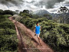 Trail Run in Kauai What a dreamy place to run. Trail Running Road Running, Marathon Running, Running Workouts, Running Tips, Trail Running, Fell Running, Couple Running, Running Images, Running Photos