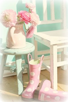 pink and aqua: on the porch