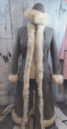 Vintage Furs by Max Coat & Hat Dyed Sheep made in Poland hand embroidered Sz 6-8 #FursbyMax #BasicCoat