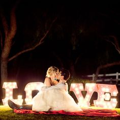light up wedding signs Light Up Your Love with Vintage Lights