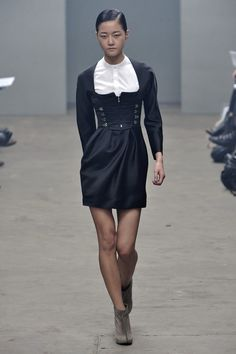 ☆ Hyoni Kang | Marios Schwab | Fall/Winter 2010 ☆ #Hyoni_Kang #Marios_Schwab #Fall_Winter_2010 #Catwalk #Model #Fashion #Fashion_Show #Runway #Collection