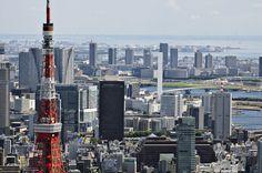 Daftar Itinerary Perjalanan Tokyo Tower Asakusa Odaiba, melihat pemandangan dari Tokyo Tower, ke Kuil Sensoji di Asakusa, bermain dan berbelanja di Odaiba