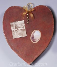 This Rustic Heart Memo Board will add a vintage vibe to your Valentine's Day décor. Kathleen George walks you through an amazing transformation with a faux rust finish made from nothing more than a…