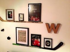 What Happened To the wild Photo collection with hockey stick shelf. Chicago Blackhawks boy's bedroom. What Happened To the wild Photo collection with hockey stick shelf. Boys Hockey Room, Hockey Mom, Hockey Girls, Hockey Theme Bedrooms, Hockey Man Cave, Hockey Nursery, Hockey Girlfriend, Bruins Hockey, Hockey Goalie