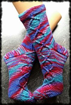 Smart Women Never Go for Boring Socks, Do You? They say that socks outl Knitting Socks, Hand Knitting, Woolen Socks, Boot Toppers, Smart Women, Cute Socks, Textiles, Knit Picks, Knitted Shawls
