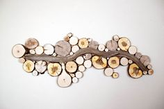 Artists Create Amazing Wall Art from Reclaimed Wood Read more at…