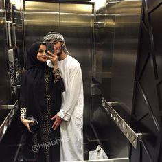That time I dressed up like an Arab w Alicia Clifford.sam in Dubai Cute Muslim Couples, Muslim Girls, Cute Couples Goals, Couples In Love, Muslim Women, Couple Goals, Muslim Brides, Arab Couple, Islam Marriage