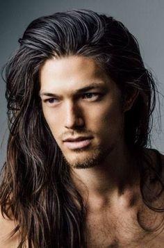 Herrenfrisuren zurück - New Site Native American Men, Hommes Sexy, Very Long Hair, Long Hair Man, Men With Long Hair, Messy Hairstyles, Hairstyle Ideas, Bun Hairstyle, Good Looking Men