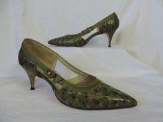 vintage 1960's olive green pin-up moc reptile high heels. 8 1/2 medium.