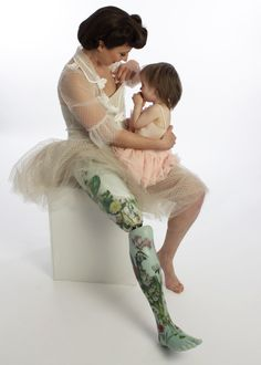 The Alternative Limb Project - Prosthetics designed to stand out, not blend in