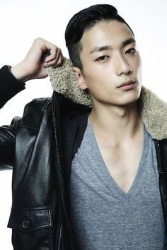 Park Sung Jin.