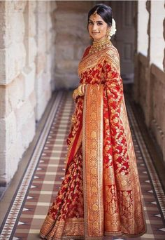 Party Wear Indian Dresses, Indian Bridal Outfits, Indian Bridal Fashion, Indian Bridal Wear, Indian Fashion Dresses, Indian Reception Outfit, Red Saree Wedding, Indian Wedding Sarees, Bridal Sari