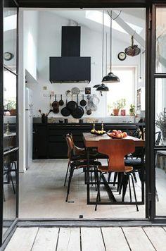 *bellaMUMMA {inspiration for a beauty-full life!}: home inspiration: INDUSTRIAL KITCHENS light light light