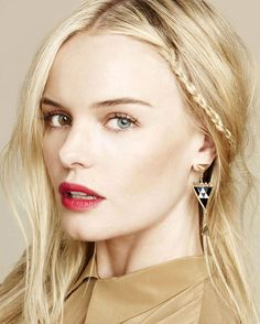 Kate Bosworth's eyes. One is brown and one is blue.