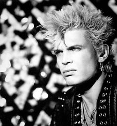 POP QUIZ / Billy Idol / Pilgrim of punk finds his way back to ...