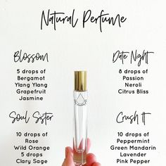 Make your own perfume with essential oils!Make health essential oils Essential Oil Perfume, Perfume Oils, Essential Oil Roller Bottles, Parfum Bio, Perfume Glamour, Chanel Perfume, Roller Bottle Recipes, Homemade Perfume, Homemade Beauty Products