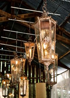 Hanging Lanterns // Photo: Braedon Flynn Photography // Feature: The Knot