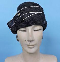 ART DECO 1920'S FLAPPER HAT CLOCHE FOR DRESS W UNIQUE STYLE