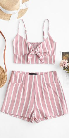 ZAFUL Smocked Knotted Stripes Top And Shorts Set - Pink, Summer Outfits, Fresh with the striped design, this two-piece set has a cami crop top edgy with the knotted front and the smocked back that is perfectly going with th. Cute Casual Outfits, Cute Summer Outfits, Spring Outfits, Outfit Summer, Summer Shorts, Teen Fashion Outfits, Outfits For Teens, Style Fashion, Modest Fashion