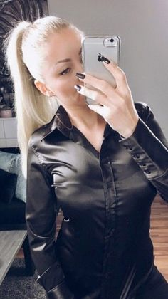 Satin Bluse, Black Leather Dresses, Silk Blouses, Sexy Blouse, Black Stains, Blouse Styles, Satin Dresses, Silk Satin, Her Style