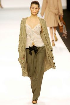 Chloé Fall 2004 Ready-to-Wear - Collection - Gallery - Style.com
