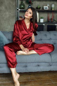 Pajamas For Women Sleepwear Lingerie Pajamas Pyjama Shop Doreme Night Suits Pijama Satin, Satin Pyjama Set, Satin Pajamas, Pajama Set, Womens Silk Pajamas, Flirty Pajamas, Lingerie Outfits, Sexy Lingerie, Purple Lingerie