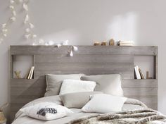 Une tête de lit originale en lambris