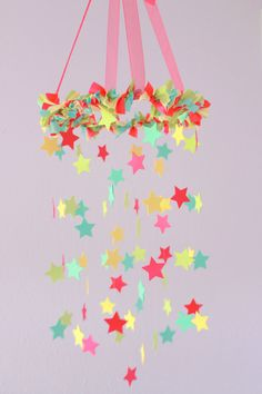 Bright Stars Nursery Mobile- Crib M. Baby Crafts, Fun Crafts, Diy And Crafts, Crafts For Kids, Arts And Crafts, Paper Crafts, Diy Girlande, Diy Room Decor For Teens, Girl Birthday Decorations