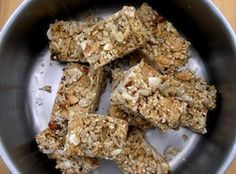 My family loves these and they are super easy to make. A perfect snack for school lunches that isn't full of refined glucose (sugar) syrup. There is only cup of sweetener - sugar and honey - in. Healthy Sweet Treats, Healthy Food, Yummy Food, Tasty, Healthy Recipes, Snacks For School Lunches, Gluten Free Muesli, Muesli Bars, No Dairy Recipes