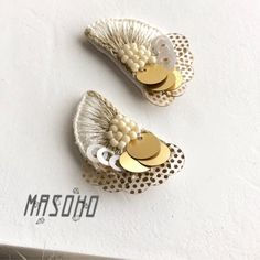 Tatting Jewelry, Bead Embroidery Jewelry, Beaded Bracelet Patterns, Textile Jewelry, Beaded Embroidery, Jewellery, Handmade Accessories, Handmade Jewelry, Textiles