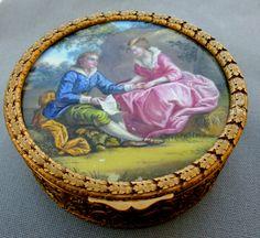 Exquisite Louis XVI style master porcelain snuff box c1840