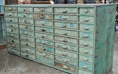 I could fill up each and every one of those drawers! - Fiona and Twig: Recreating the Magic.Carol Hicks Bolton Antiquites, Part One by sheree Industrial Chic, Vintage Industrial, Industrial Drawers, Space Crafts, Home Crafts, Antique Furniture, Painted Furniture, Primitive Furniture, Distressed Furniture