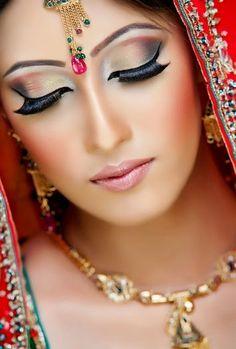 TOP Bridal Makeup Collection | Fashion Pakistan Lounge