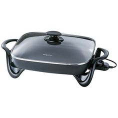 Roast, grill, fry or bake dinner tonight with this electric skillet by Presto. Also able to make casseroles, this skillet features a tempered glass cover for monitoring your meal. Place in a buffet line-up when entertaining guests. Presto Electric Skillet, Waffle Bowl Maker, Presto Pressure Cooker, Classic Plates, Buffet Server, Cooking Temperatures, Small Kitchen Appliances, Cooking Appliances, Kitchen Faucets