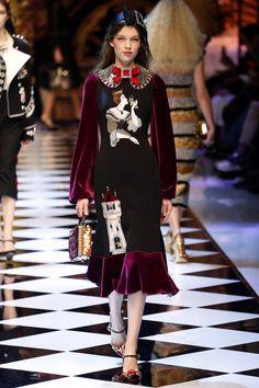 Dolce & Gabbana | Ready-to-Wear - Autumn 2016 | Look 37
