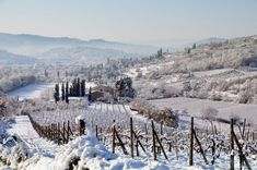 Tuscan villa in the snow