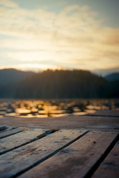 Things To Consider When You Go Camping. So, you've decided to go camping? While it's pretty basic to know how to camp, it still takes a littl Life Is Beautiful, Beautiful Places, Amazing Places, Peaceful Places, Amazing Things, Lake Life, Go Camping, Celestial, The Great Outdoors