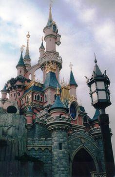 Disneyland Paris | Le Château de la Belle au Bois Dormant | Sleeping Beauty Castle | Fantasyland