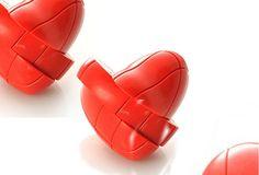 Con forma de corazón: Cubo Rubik 3x3 con forma de corazón rojo