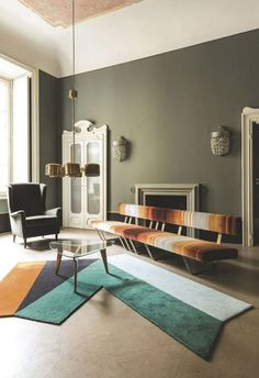 Amazing Coffee Tables and Top Interior Designer Living Room Decorating Ideas With Modern Center Tables | www.bocadolobo.com #interiordesign #exclusivedesign #interiordesigners #roomdesign #prodctdesign #luxurybrands #luxury #luxurious #homedecorideas #housedecor #designtrends #design #luxuryfurniture #furniture #modernfurniture #designinspirations #decoration #interiors #bestinteriors #coffeetables #moderncoffeetables #centertables #moderncentertables #luxurycoffeetables #luxurycentertables…
