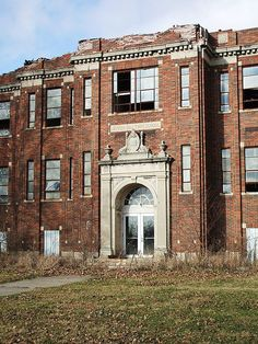 Jefferson Township School--This was in Dover, Indiana, located on State Road 32 in Boone County. My father-in-law attended there and was a cheerleader. Old Abandoned Buildings, Abandoned Property, Abandoned Asylums, Old Buildings, Abandoned Places, Architecture Old, Amazing Architecture, Old School House, Abandoned Hospital