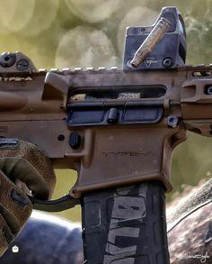 Schützt den Alltag von Helden Hand Guns, Gloves, Heroes, Firearms, Pistols